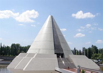 Monumen Jogja Kembali